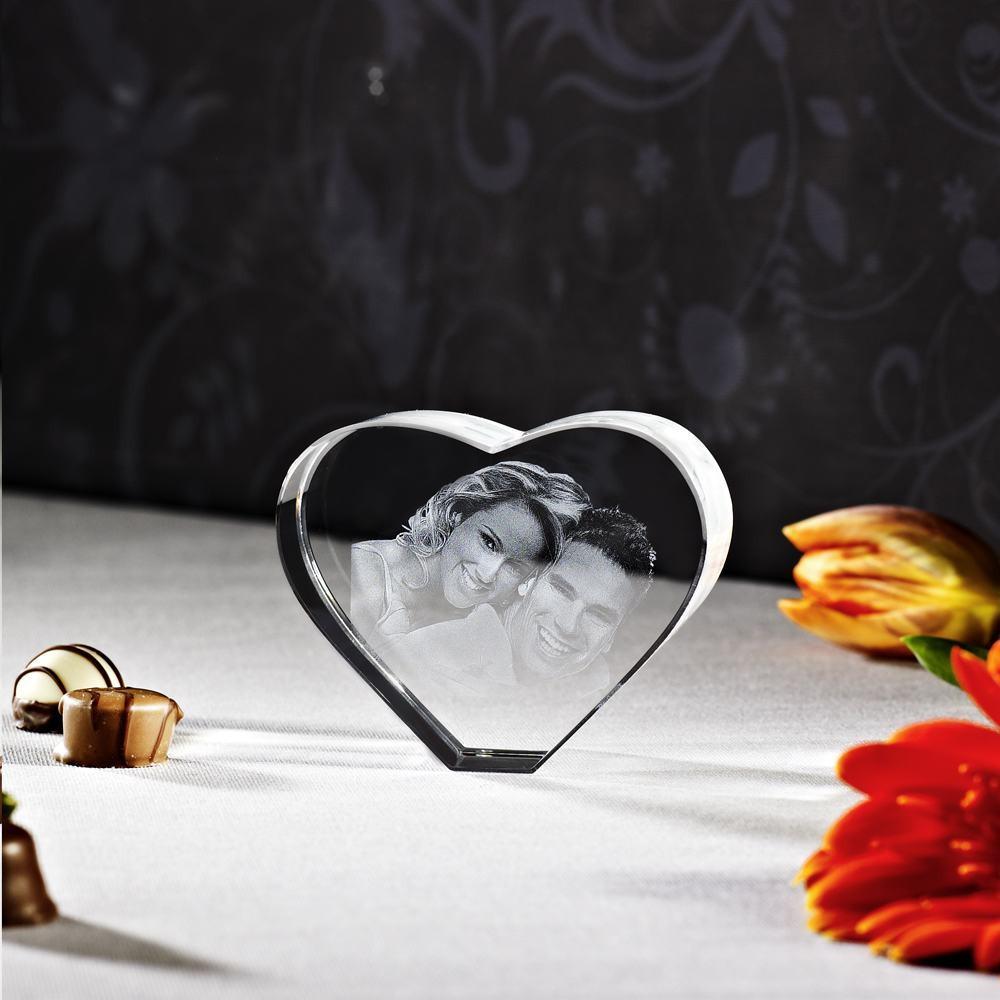 Herz aus Glas, mit Foto belasert