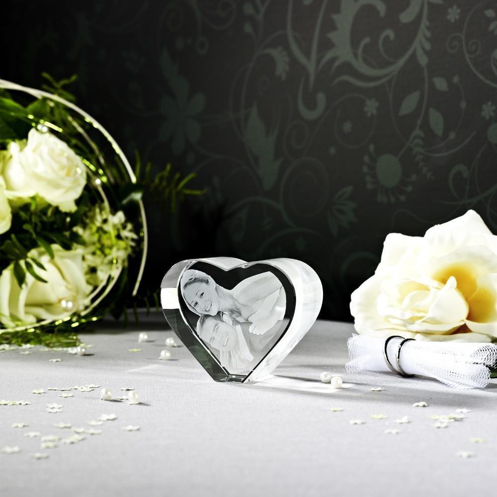 3D Laser Foto im Herz als Hochzeitsgeschenk