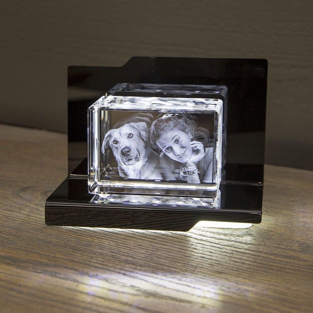 Opera Beleuchtungselement Aria für den Mega im Querformat - Das 3D Laser Foto im Mega Viamant Glas ist nicht im Lieferumfang enthalten