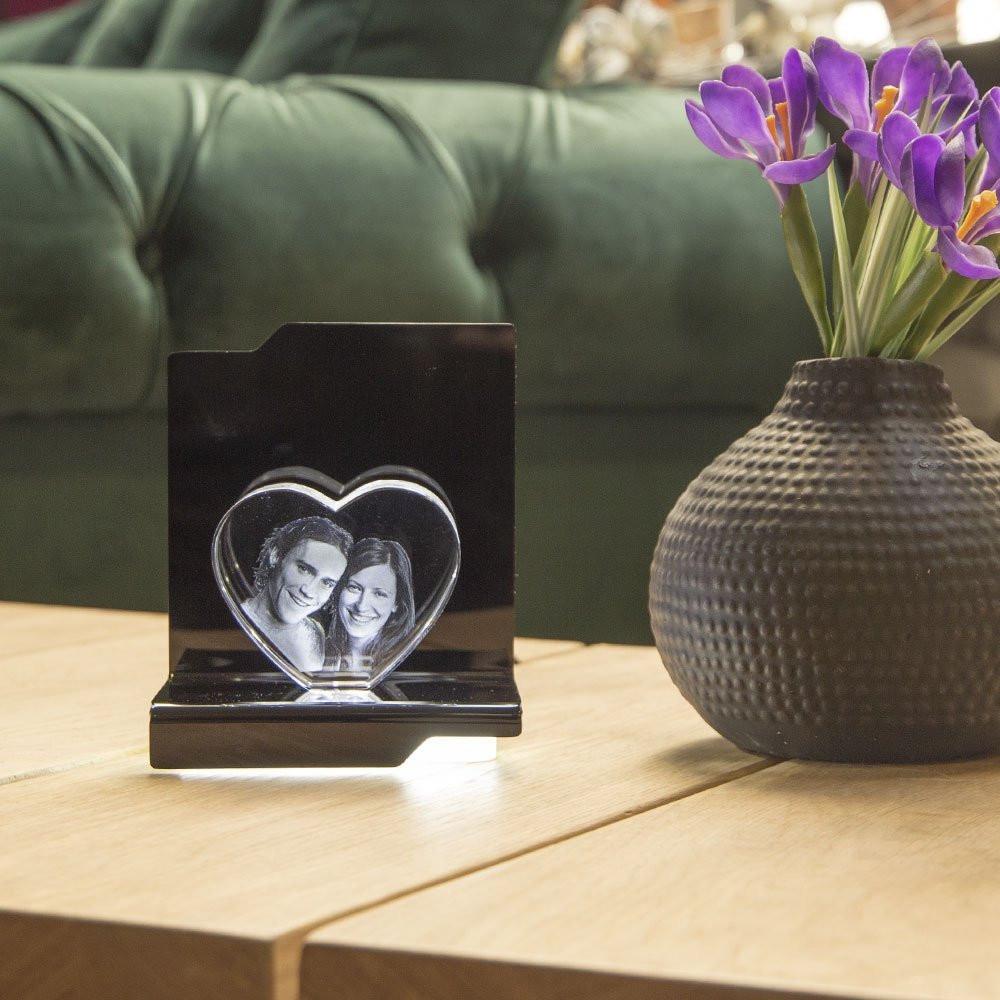 Der Opera Kantate mit dem Herz aus Viamant Glas ergibt das perfekte Wohnaccessoire