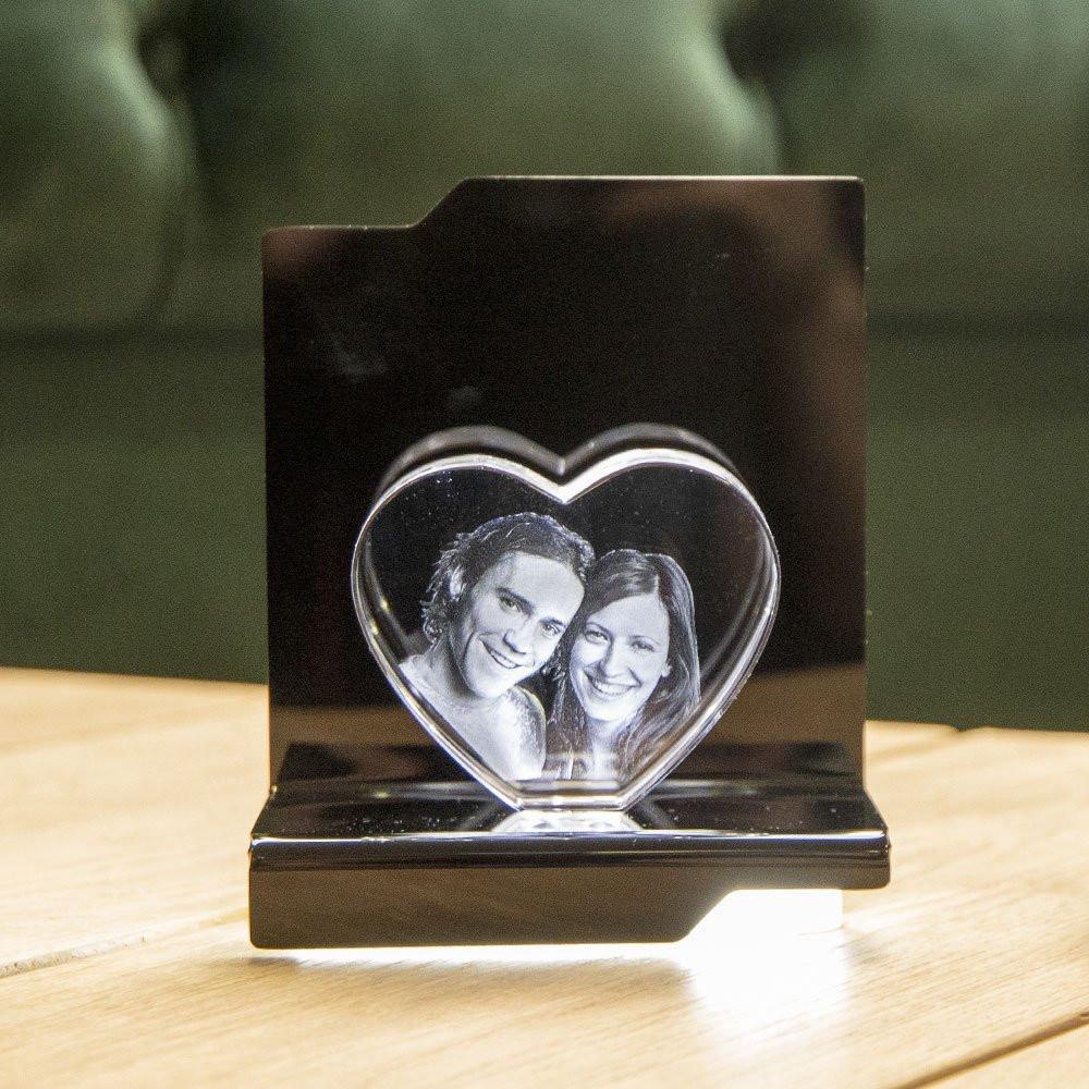 Opera Beleuchtungselement Kantate für das Herz M - Das 3D Laser Foto im Herz aus Viamant Glas ist nicht im Lieferumfang enthalten