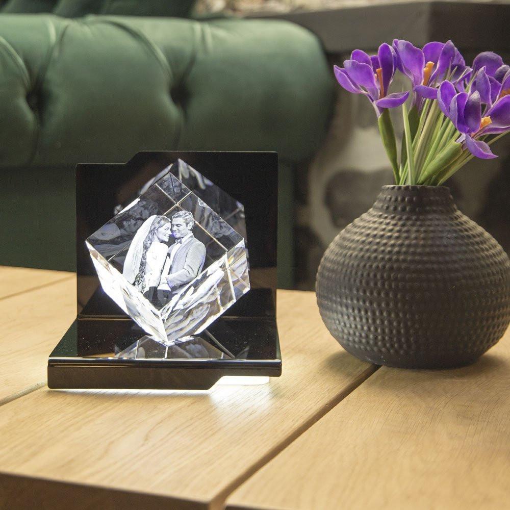 Der Opera Virtuoso mit Ihrem 3D Foto aus Glas ist in jeder Wohnung schön anzusehen