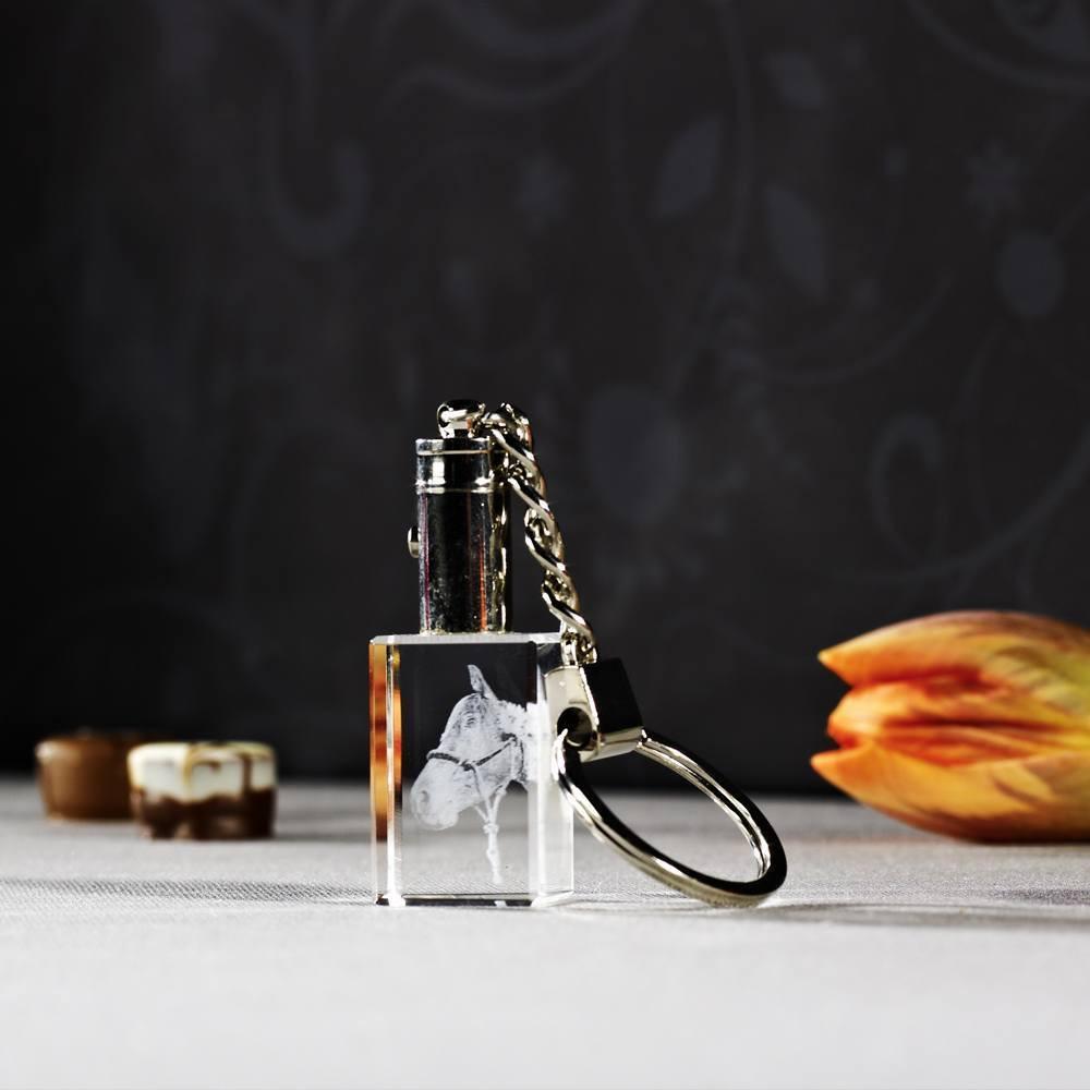beleuchteter Glasschlüsselanhänger mit Foto
