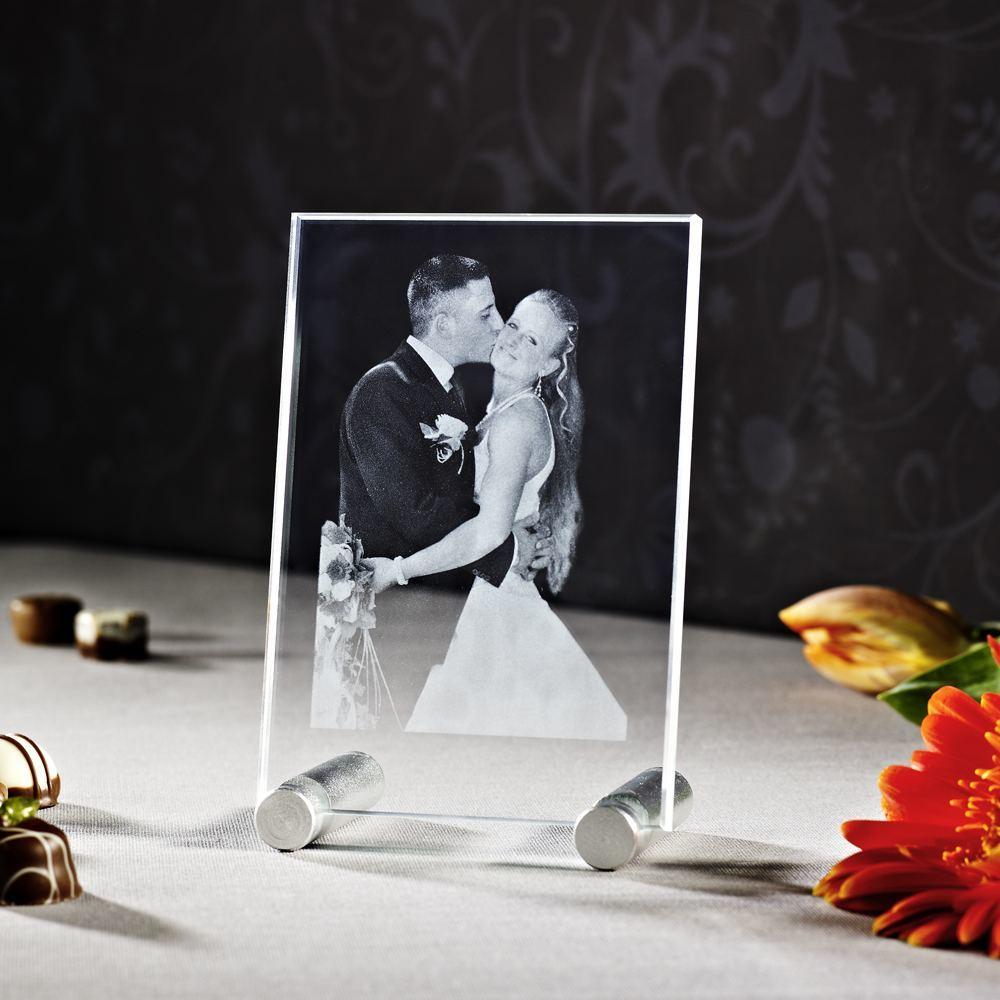 Individuellfotogeschenke - 2D Laser Foto im Glas Viamant , Größe S (130x90x8 mm) als Hochformat oder Querformat - Onlineshop Looxis