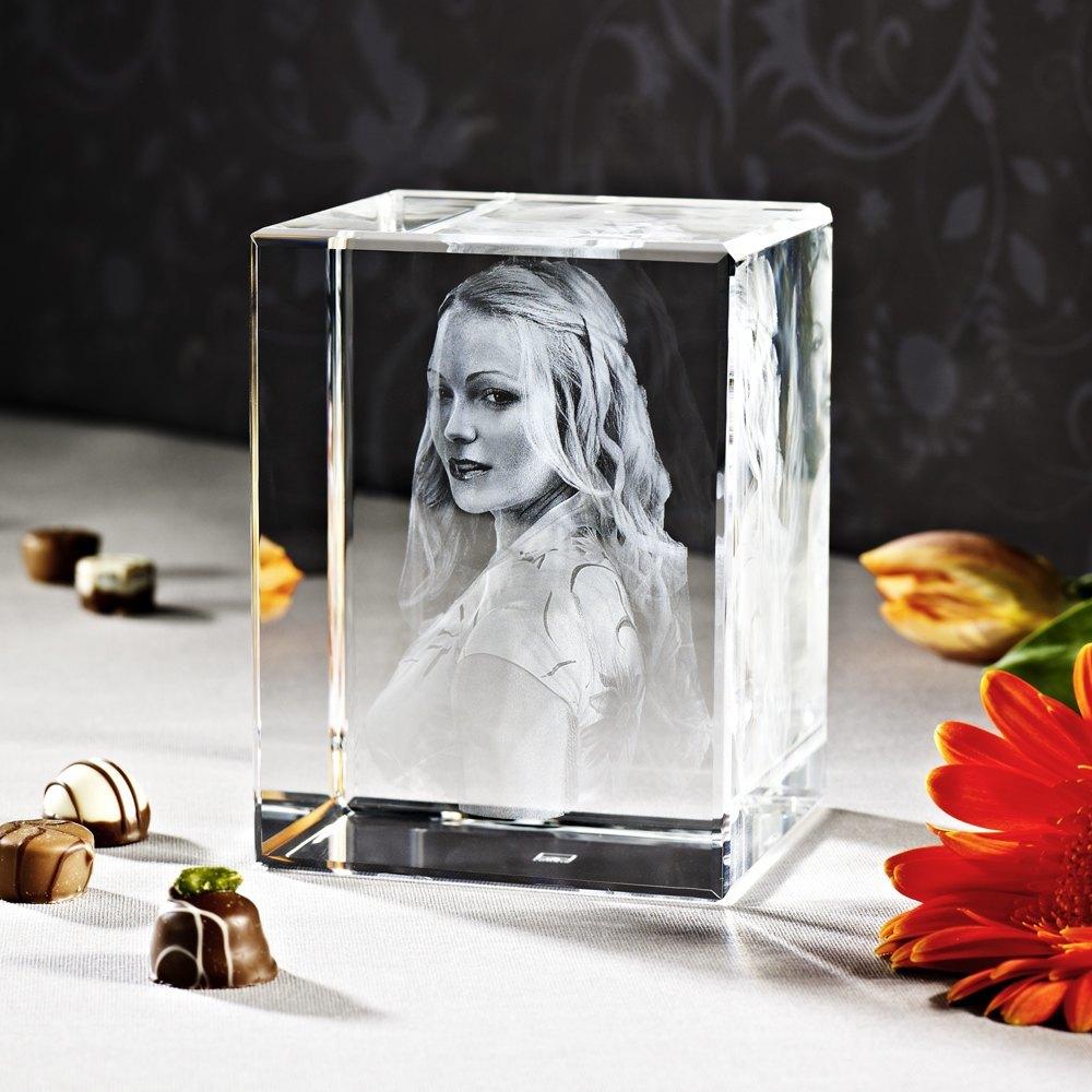 Individuellfotogeschenke - 3D Laser Foto im Glas Giga Viamant , Größe XXL (13x9x10 cm) als Hochformat oder Querformat - Onlineshop Looxis