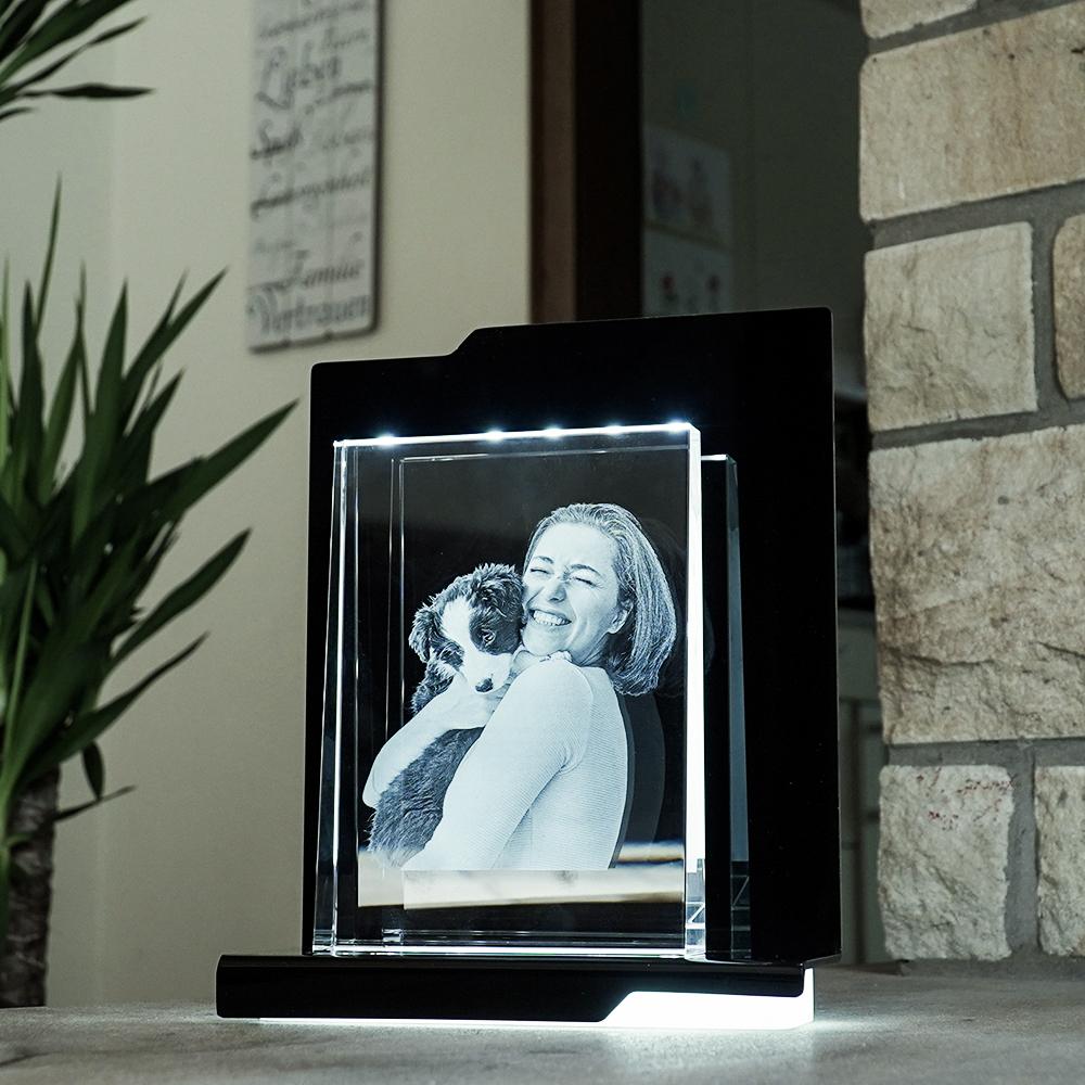 Individuellfotogeschenke - 2D Laser Foto im Glas, Prisma Hochformat Größe XL (180x130x36 18mm) - Onlineshop Looxis