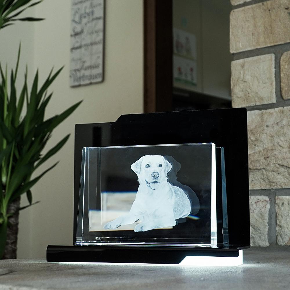 Individuellfotogeschenke - 2D Laser Foto im Glas, Prisma Querformat Größe XL (180x130x36 18mm) - Onlineshop Looxis