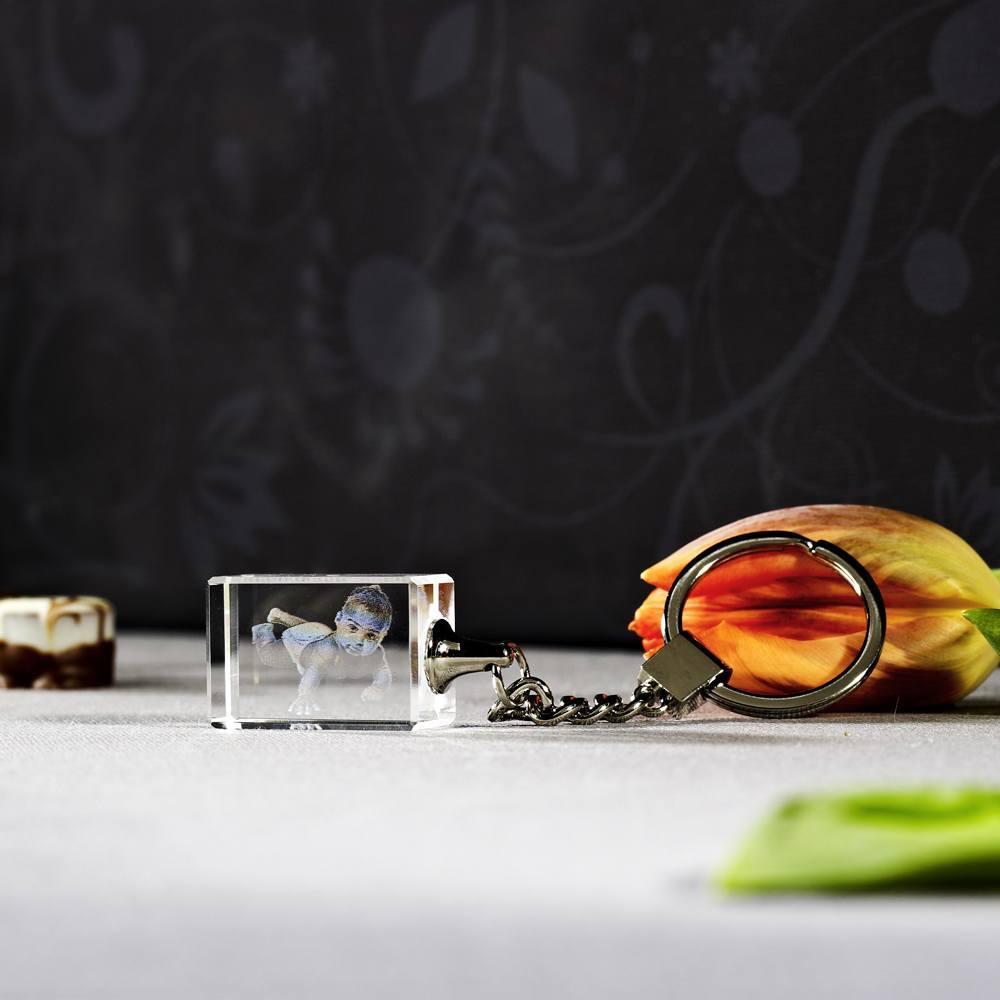 Individuellfotogeschenke - 2D Laser Foto in Glas Schlüsselanhänger, Größe 30x20x15 mm als Hochformat oder Querformat - Onlineshop Looxis