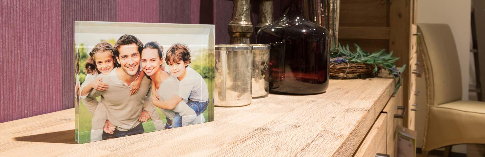 Neu im Sortiment: die Glasfotos in Farbe - in fünf verschiedenen Größen erhältlich